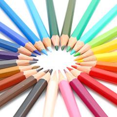Beaux crayons colorés