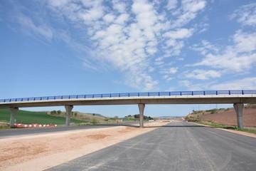 carretera de nueva construccion en obras
