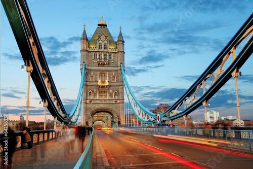 Tower bridge - London - 64256336