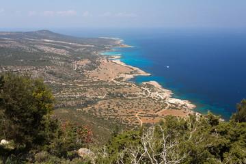 La côte vue depuis le sentier d'Aphrodite