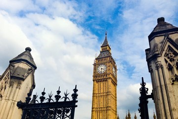 Big Ben London through gate
