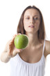 gesunde Frau mit einem Apfel