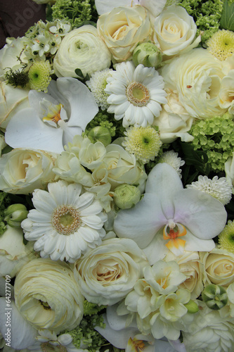 In de dag Gerbera Mixed white wedding flowers