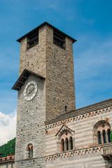 Broletto di Como, torre