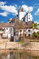 Diezer Grafenschloss auf Fels über Altstadt und Lahn