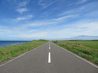 海沿いの一本道