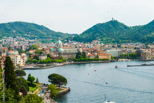 Panorama Lago di Como e Duomo, Italia