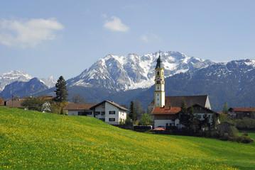 Kirche  von Pfronten-Berg vor Breitenberg