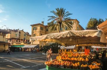 Obstmarkt in Menton