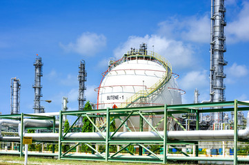 oil and gas refinery, sphere tanks, heavy industry
