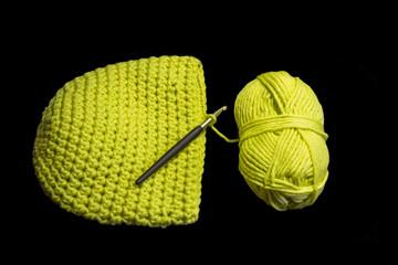 Wollmütze häkeln in gelb