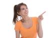 Junge isoliert Frau zeigt mit dem Finger auf etwas