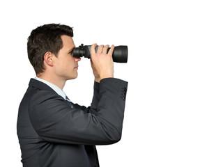Mann mit Fernglas