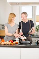 Ehepaar kocht gemeinsam