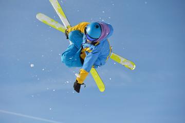 skier © .shock