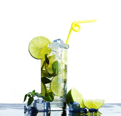 refreshing  drink  lime