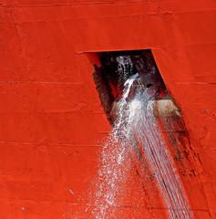 washing ship