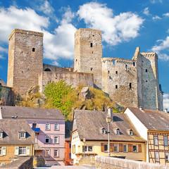 Burg Runkel über der romantischen Stadt an der Lahn