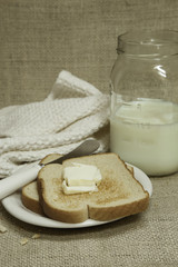 Buttered Toast with Milk