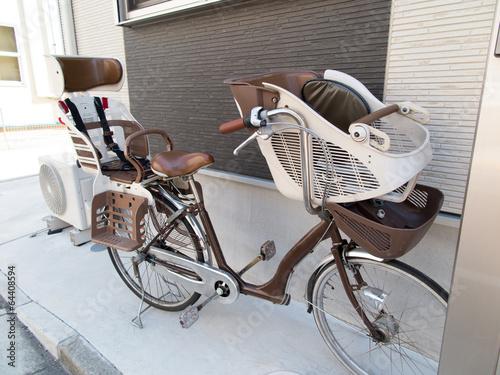 チャイルドシートがついた自転車