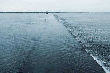 Passage du Gois en début de marée basse