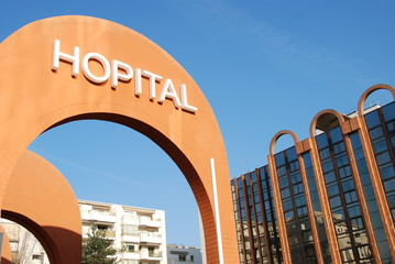Hôpital à Levallois-Perret, France