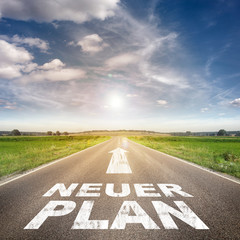 """Straße mit """"NEUER PLAN"""""""