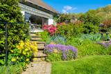 Haus, Terrasse, Gartentreppe