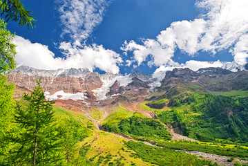 Klettersteig am Aufstieg zum Petersgrat im Lötschental