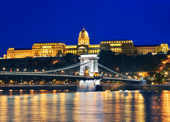 Chain Bridge and Royal Palace