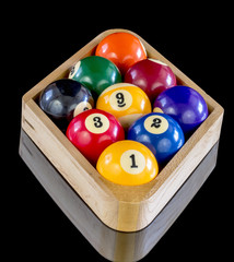 Diamond shaped billiards rack