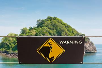 Warning sign at hill park