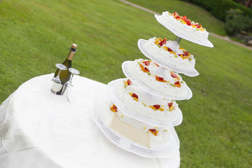 wedding cake with fruit