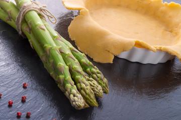 green asparagi Tart preparation