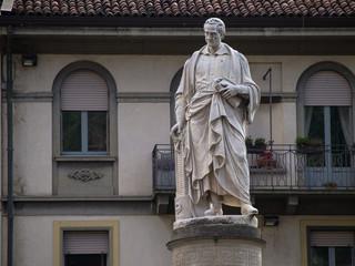 Como - monumento a Alessandro Volta