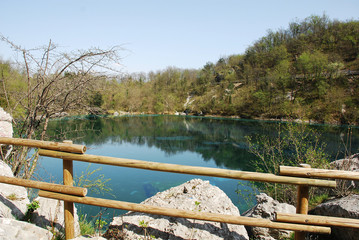 Lago di Cornino in Spring
