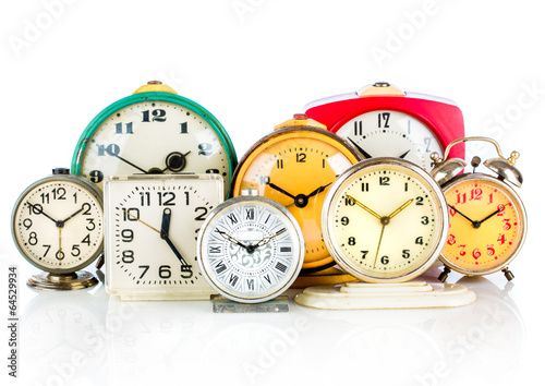 Old clock - 64529934