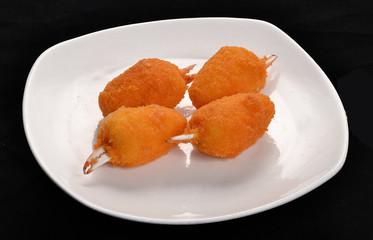 Croquetas de cangrejo,comida étnica.