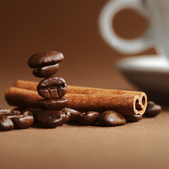 Coffee beans and cinnamon