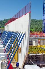 chantier immeuble en construction