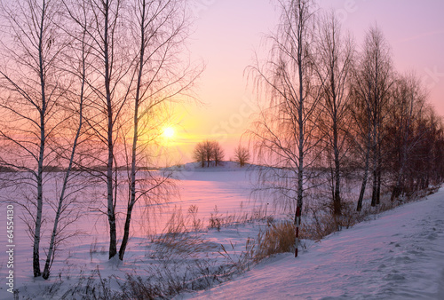 Panel Szklany Beautiful winter sunrise in the village