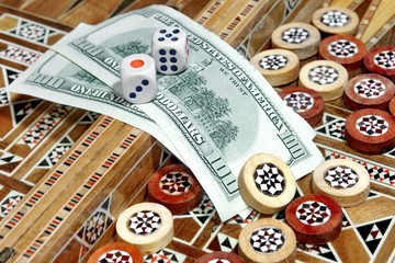 Backgammon Board, two hundred dollar and two dice