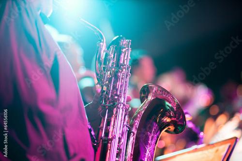 Plexiglas Uitvoering Musik Konzert Event mit Saxofon