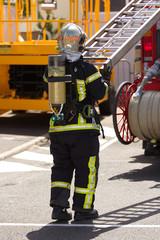 pompier sur intervention incendie