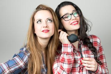 Gossip girls on the phone