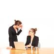 Mobbing zweier Frauen im Büro