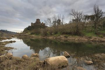 Castelo no Rio Tejo