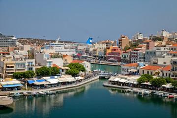 Агиос-Николаос, вид на озеро. Греция. Крит