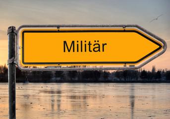 Strassenschild 9 - Militär