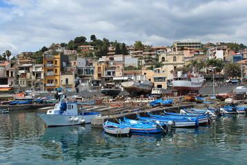 Un borgo sul mare, Acitrezza